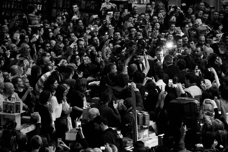 Klaus Iohannis la Gaudeamus 2014. Credit foto: Mihaela Nazarie