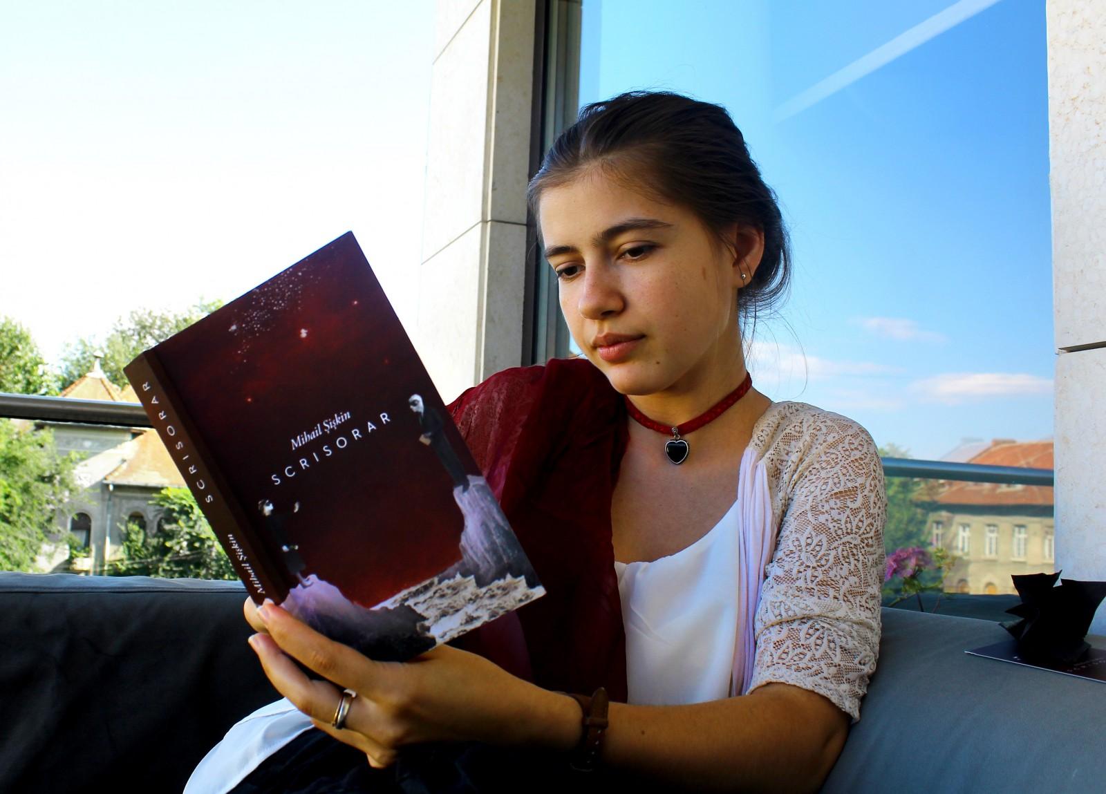 """Povești de Vacanță la Curtea Veche – """"Scrisorar"""" de Mihail Șișkin"""