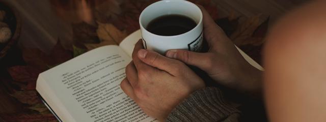 Cum să citești mai rapid: 5 metode testate prin care poți citi o carte mult mai repede!