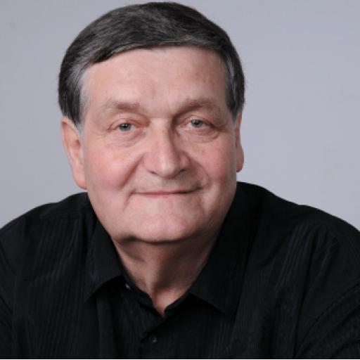 Alex Ștefănescu